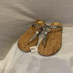 NWT-Michael Kors flat thong sandals